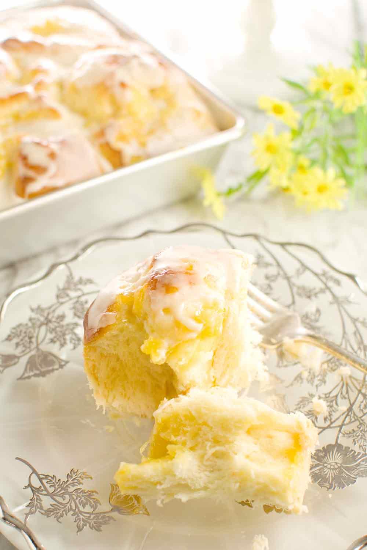 Pineapple Yeast Rolls