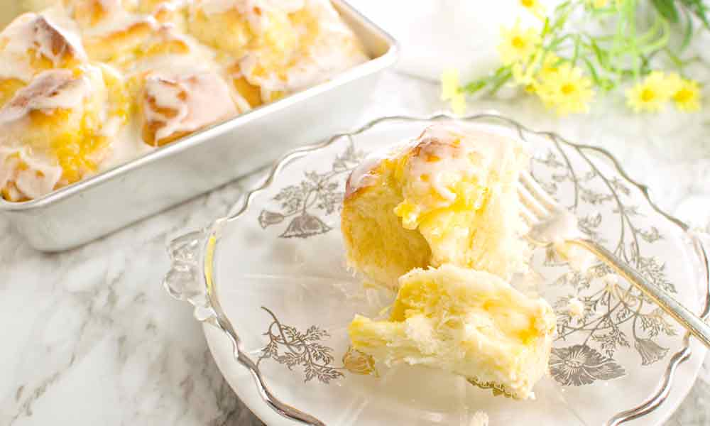 Pineapple Yeast Rolls