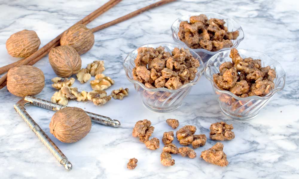 Cinnamon Sugar Candied Walnuts