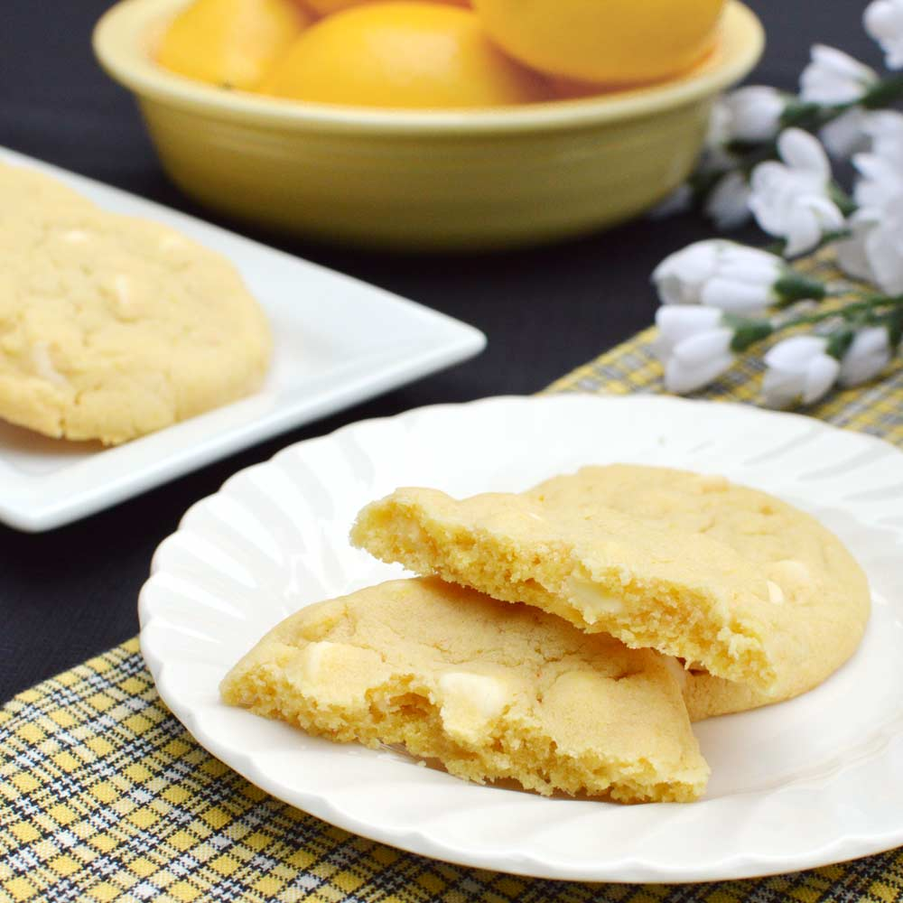 Lemon Cookies with White Chocolate