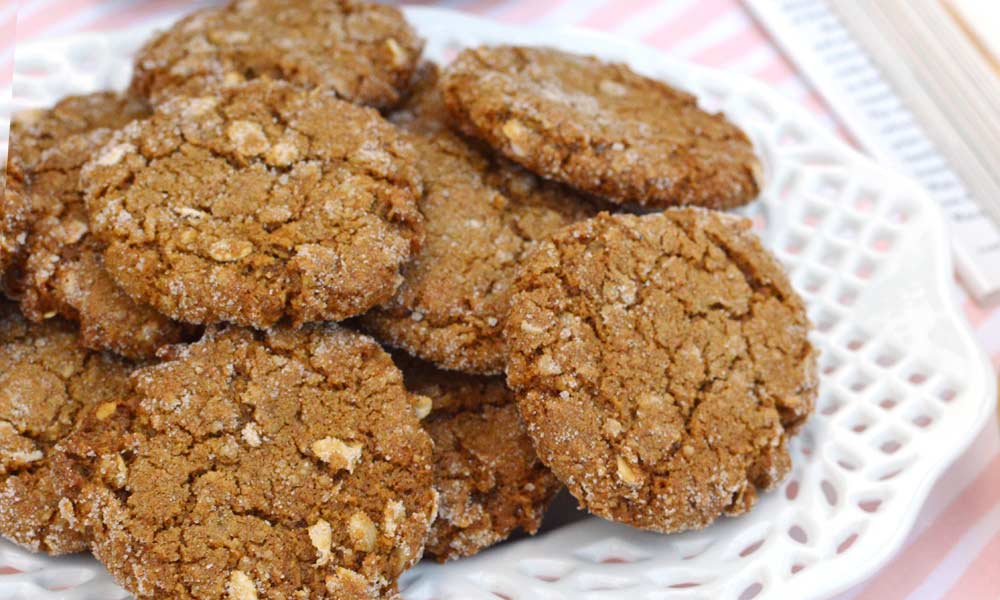 Molasses Oat Bran Cookies Recipe | Share the Recipe