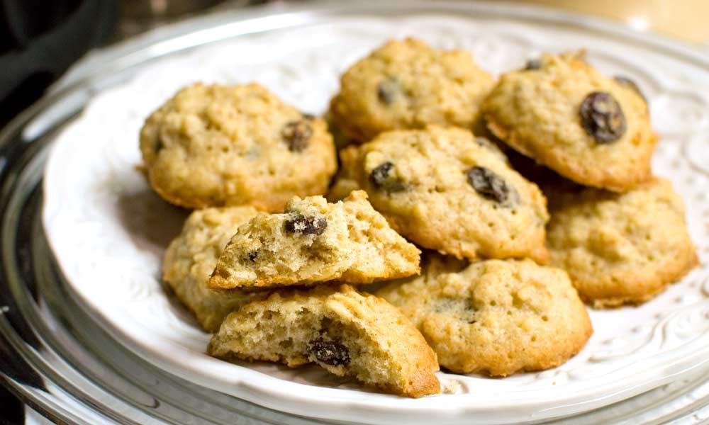 Moms Oatmeal Cookies