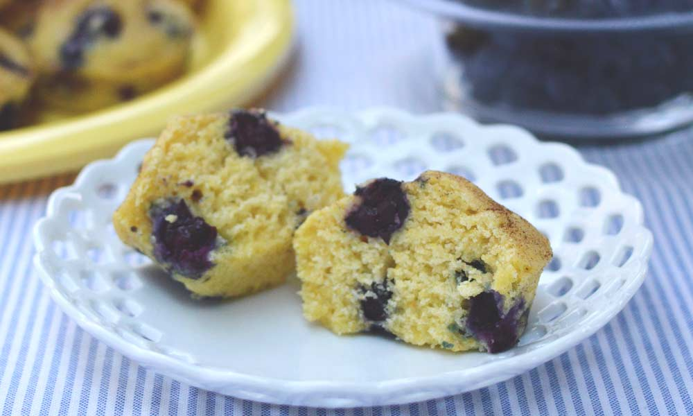 Blueberry Muffin with Cornmeal