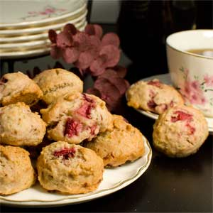Strawberry Mini Muffin Bites